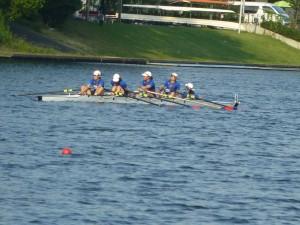 女子舵手付きクォドルプルは準決勝進出を逃した