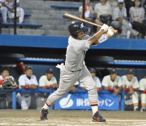 Team Mt. Fujiの先頭打者を務めた佐藤旭