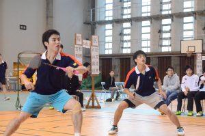 完勝した松井主将(左)・石山副将(右)ペア