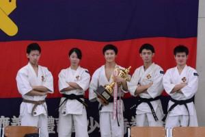 本戦に出場した5人(左から田中・宇恵・青木・栗野・李)