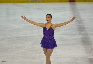 ショートの演技後、笑顔を見せた鈴木美桜